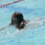 Pływanie korekcyjne w Bochni – dbaj o swój kręgosłup